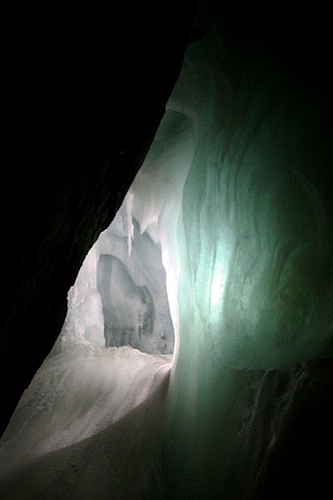 Eisriesenwelt photo